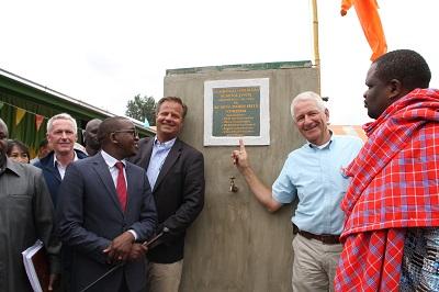 bam-bunnik-steunt-onderwijs-aan-850-leerlingen-tanzania-renovatie-school